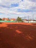 Tennisplaetze_oben_3_4K